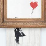 """买主百万英镑拍品被班克斯粉碎,现已改名为""""爱在垃圾桶里"""""""