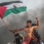 """一位巴勒斯坦青年的""""自由领导人民"""""""